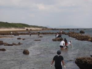 白保の海垣で漁を体験